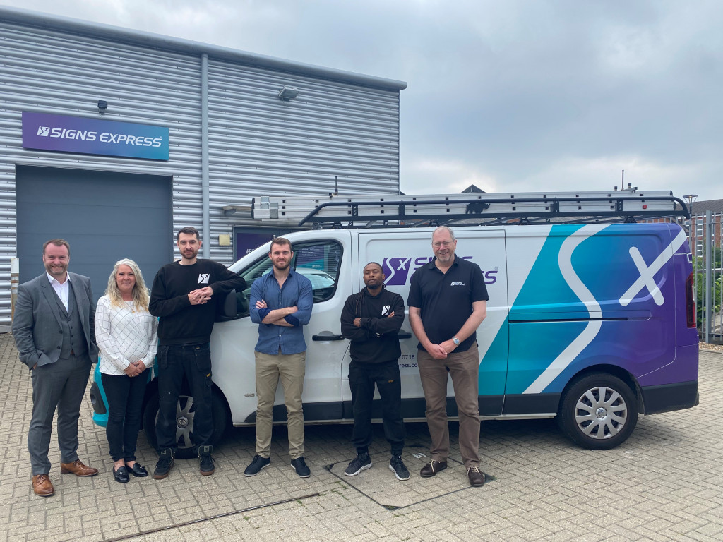 Franchisee expansion indicates growth for ISA-UK member Signs Express